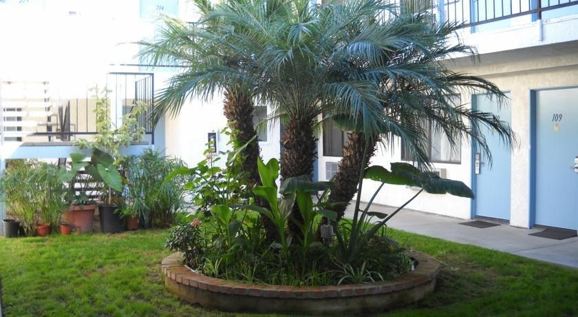 Palms Courtyard Inn Westminster California - Compare Deals
