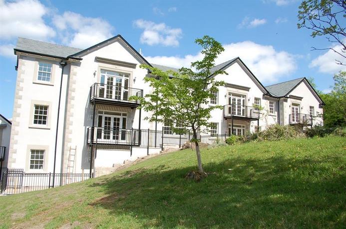1 Hazelwood Hall