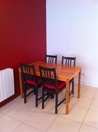 Appartement quartier de la victoire bordeaux compare deals for Appartement etudiant bordeaux victoire