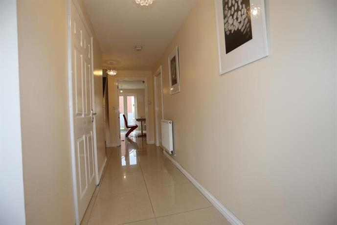 Lovely 4 Bed House London