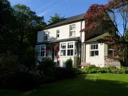 Lyndhurst Country House