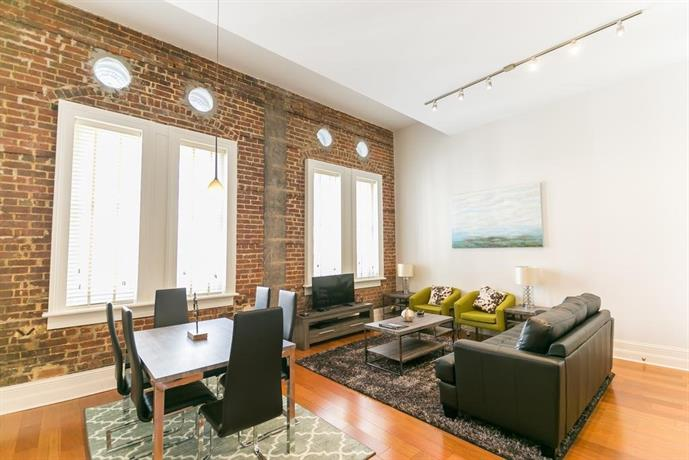 Carondelet Street Apartment By Stay Alfred