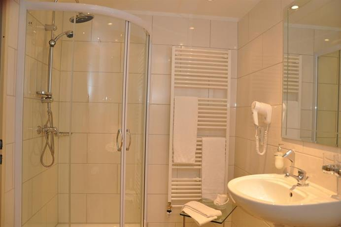landhotel stahle suddendorf comparez les offres. Black Bedroom Furniture Sets. Home Design Ideas