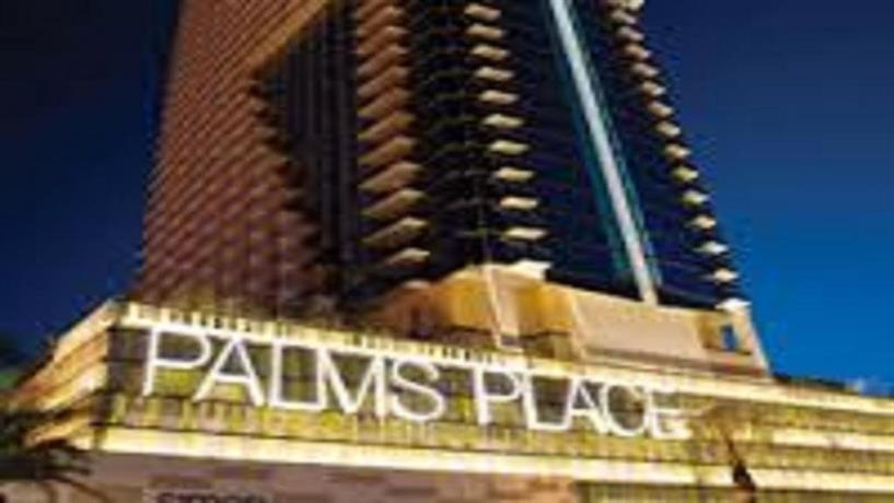 Palms place 51st floor with balcony & strip view