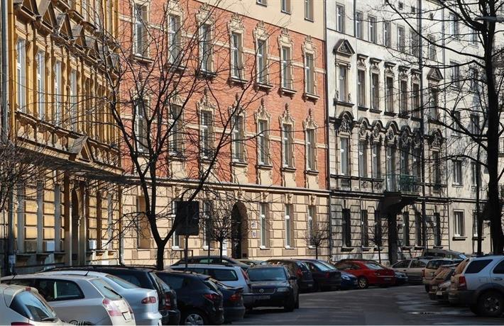 Sarego OldTown Apartments