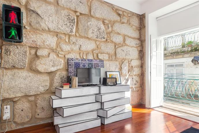 Oporto Chic & Cozy Studio Apartments