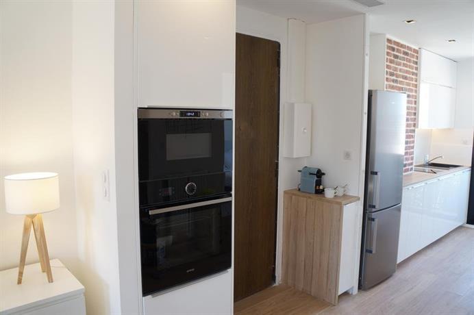 Appartement design scandinave vue sur mer marseille for Appartement design malmousque marseille
