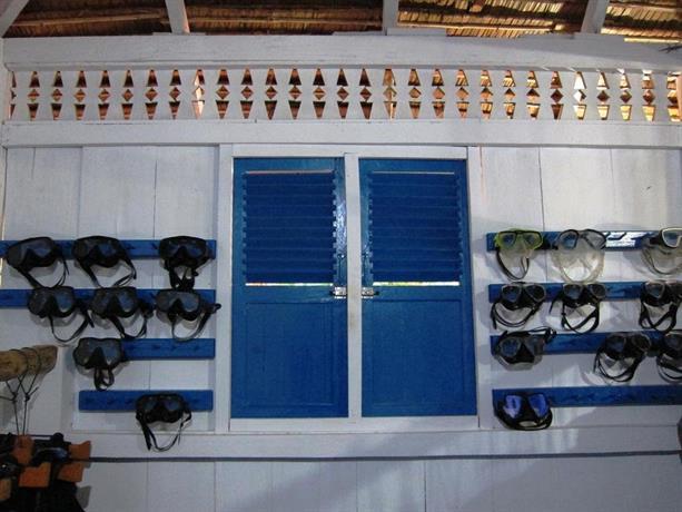 Raja laut 5 padi dive resort bunaken sulawesi comparez - Raja laut dive resort ...