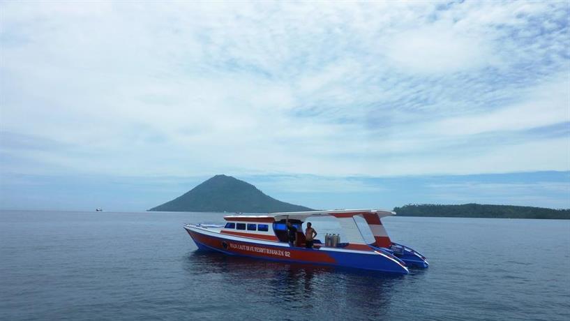 Raja laut 5 padi dive resort bunaken sulawesi compare deals - Raja laut dive resort ...