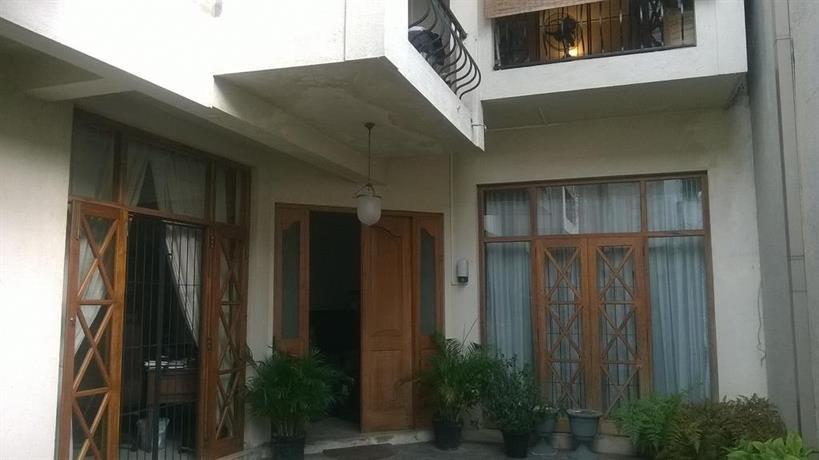 Yoho Deane Residence