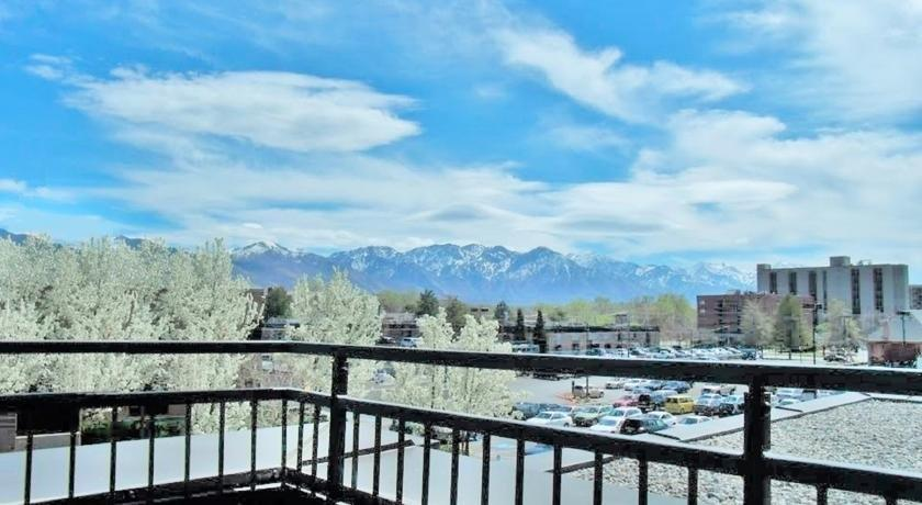 Downtown Studio at Library Square by Wasatch Vacation Homes