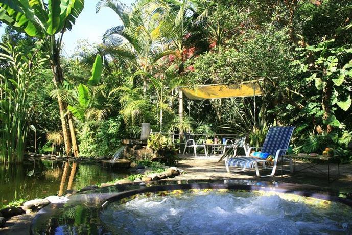 Al alba jardin hotel choachi compare deals for Al alba jardin hotel