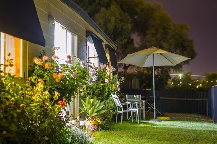 Moana Beach Sunset Holiday Accommodation