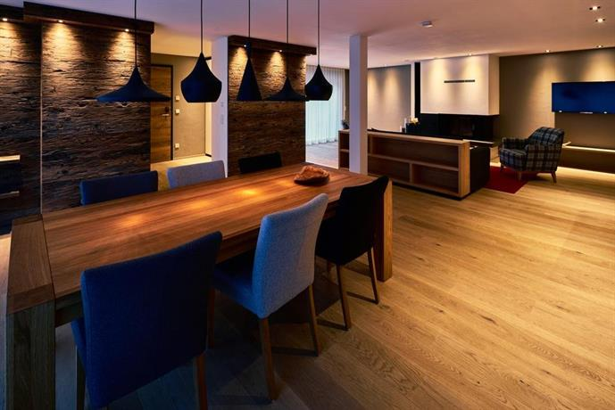 das hochgrat oberstaufen compare deals. Black Bedroom Furniture Sets. Home Design Ideas