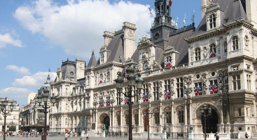 Cosy flat paris compare deals for Flat hotel paris