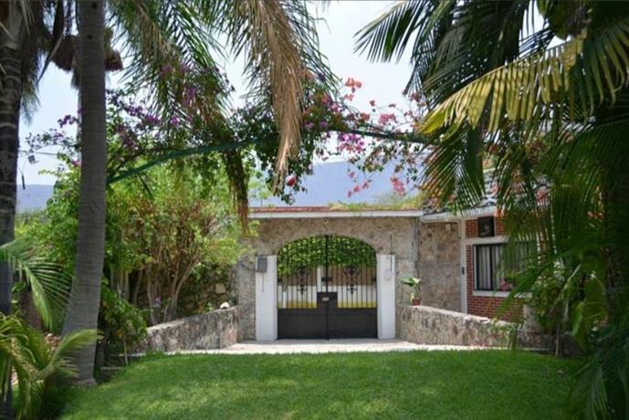 Casa Girasoles Estacas