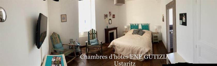 Chambres d 39 hotes ene gutizia larressore compare deals for Chambre d hotes anglet