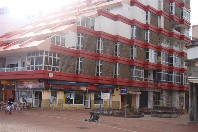 Apartamento playa las canteras las palmas de gran canaria compare deals - Apartamentos baratos en las canteras ...