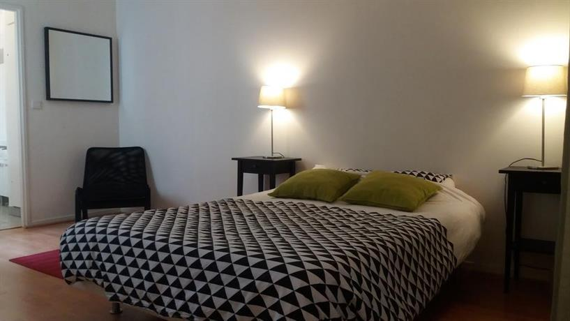 Le lavandier flat paris compare deals for Flat hotel paris