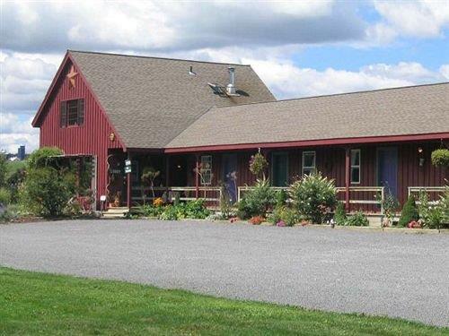 The Meadowlark Inn Cooperstown