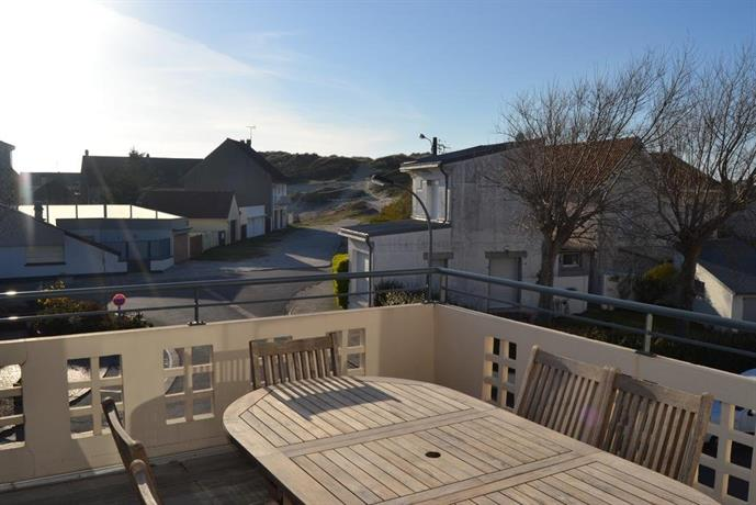 Fort mahon plage fort mahon plage compare deals for Appart hotel fort mahon