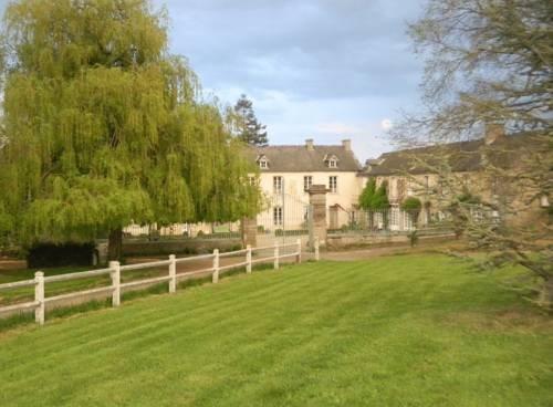 Chambres d 39 hotes manoir du chene nonant compare deals for Chambre d hote bayeux