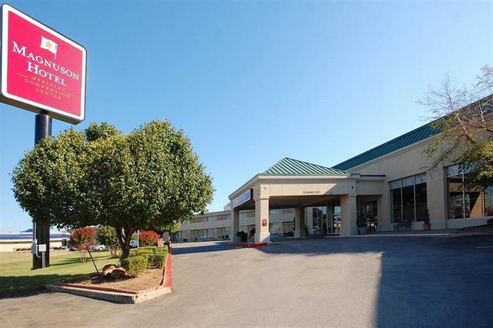 Magnuson Meridian Convention Center