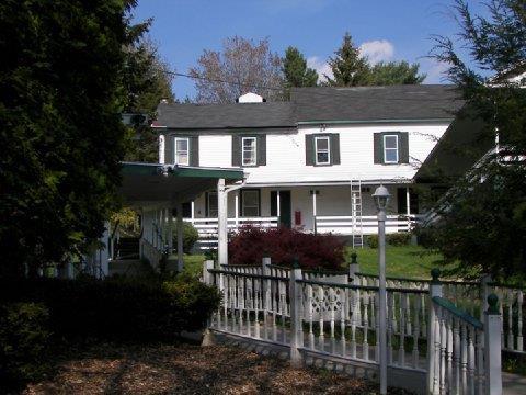 Henryville Inn