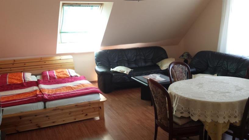 haus nora klutz kl tz die besten deals vergleichen. Black Bedroom Furniture Sets. Home Design Ideas