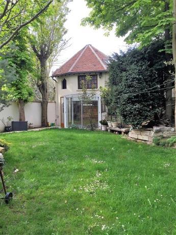 Petite maison du jardin rosny sous bois compare deals - Maison jardin fontenay sous bois lille ...