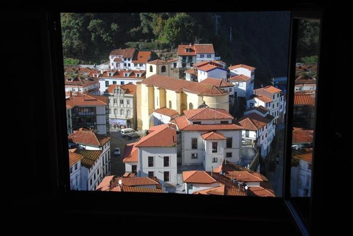 Apartamentos la casa del pintor cudillero compare deals - La casa del pintor gandia ...