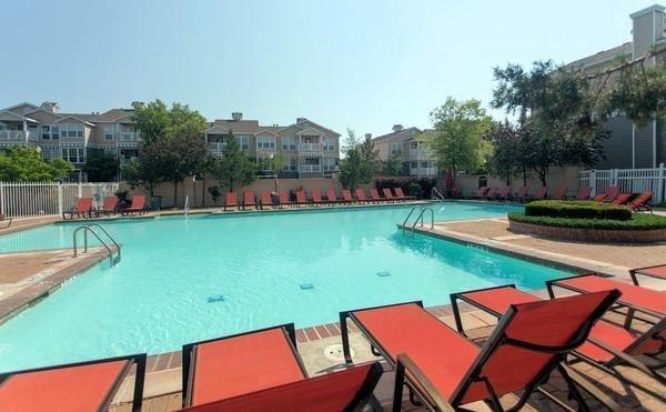 Steeplechase on Maple by ExecuStay EXEC-MW STEEPLE-1BR