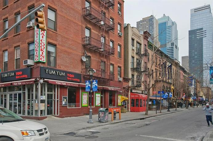 Spacious 2 Bedrooms Apartment Times Square New York City Compare Deals
