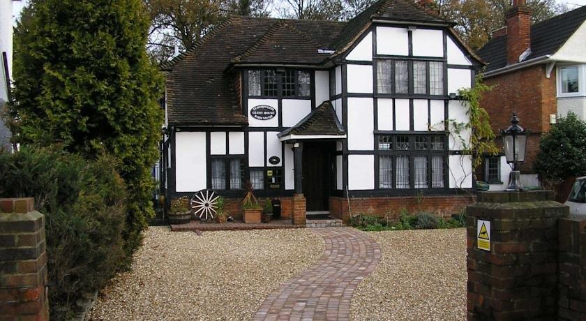 Tudorwood Guest House