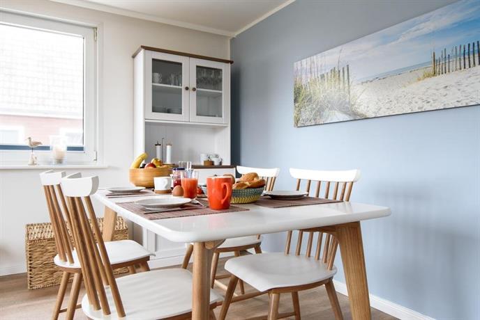 haus am meer ferienwohnungen sylt h rnum die besten. Black Bedroom Furniture Sets. Home Design Ideas
