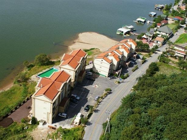 Sm Ruvll Resort