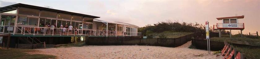 Surf Club House Pet Friendly Sunshine Coast Holiday House Marcoola