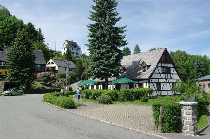 Wirtschaft & Pension Zum Huthaus