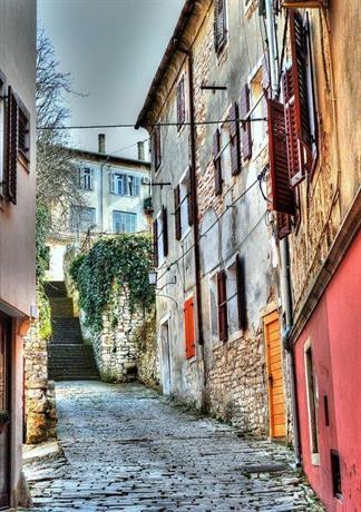 Old Town Uspon