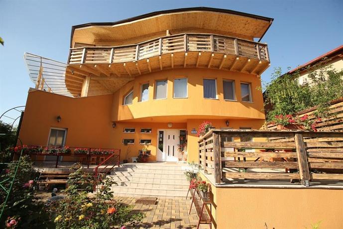 Casa tudor turda compare deals for Piani casa casa tudor