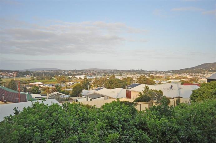 Angus Street Views