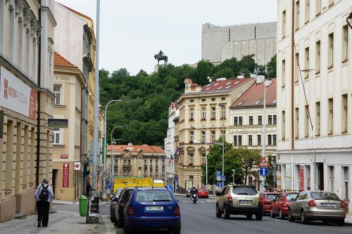 Ruterra Apartment Cimburkova
