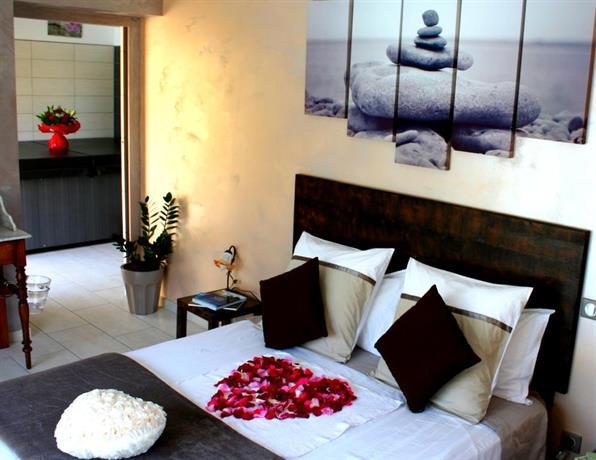 aux 2 saveurs chambre d 39 hotes perpignan compare deals. Black Bedroom Furniture Sets. Home Design Ideas