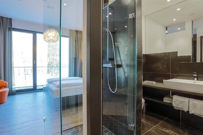 Deck 8 designhotel soest compare deals for Deck 8 design hotel soest