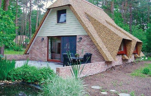Holiday home Sonnevijver Vijverdorp - Zwaan