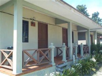 Kandiez Sunrise Beach Resort