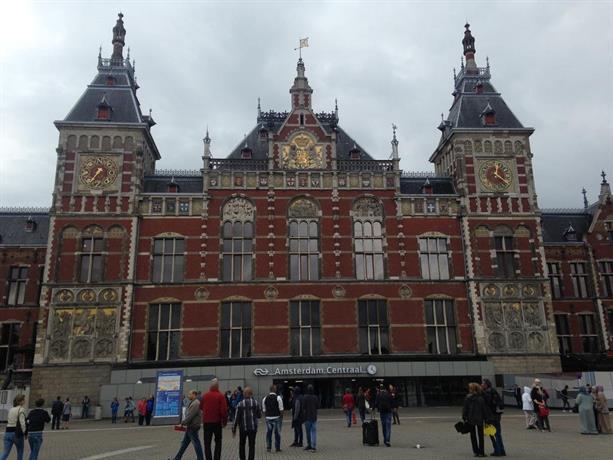 Modern amstel studio amsterdam confronta le offerte for Hotel vicino piazza dam amsterdam