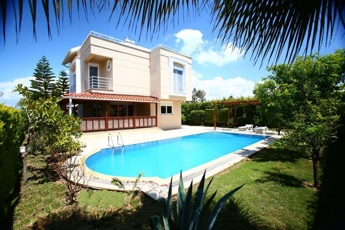Royal Villa Paradise