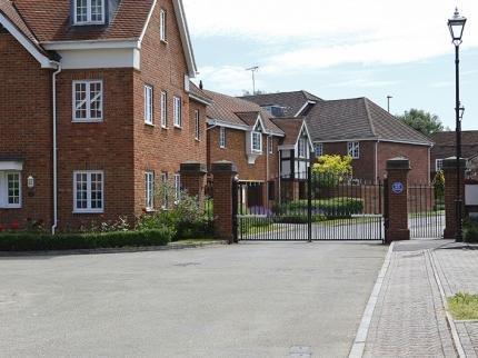 Hook - Bartley Court
