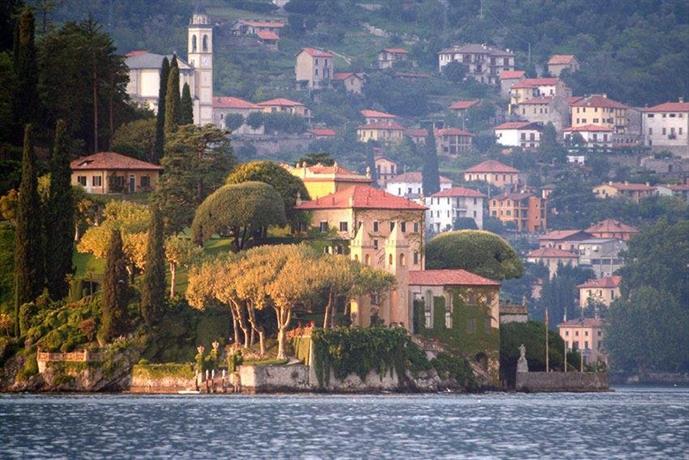 Villa del lago lezzeno compare deals for Hotel villa del lago